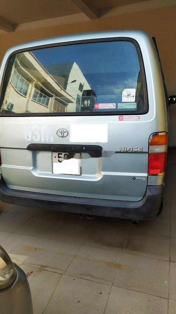 Cần bán Toyota Hiace 2001, nhập khẩu nguyên chiếc chính hãng (1)