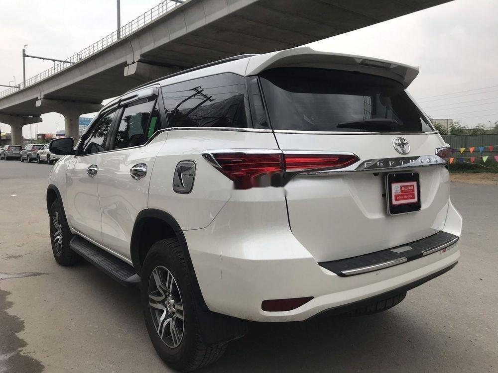 Bán ô tô Toyota Fortuner đời 2019, màu trắng xe nguyên bản (6)