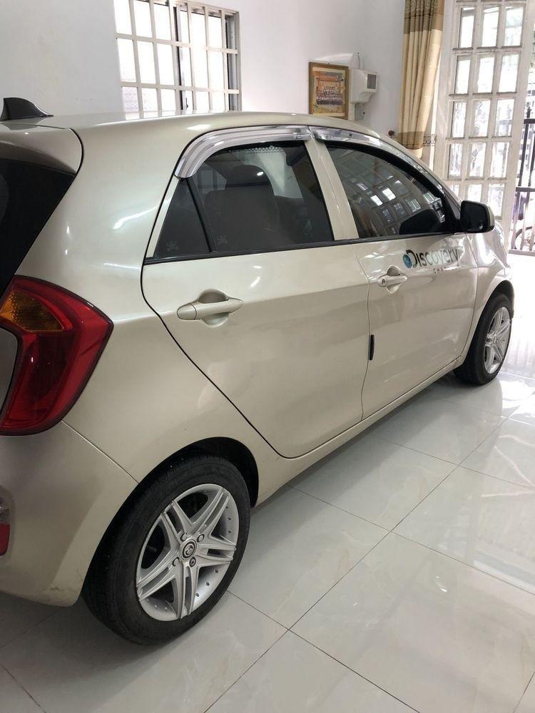 Cần bán Kia Morning năm sản xuất 2014, màu bạc, xe gia đình, giá tốt (4)