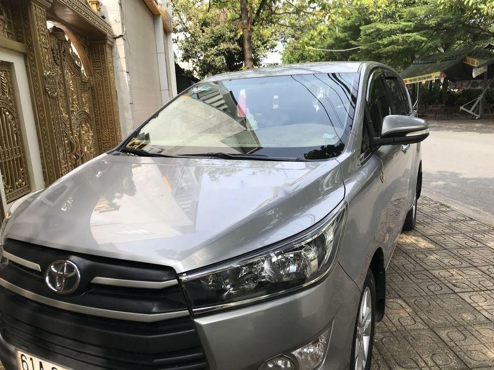 Bán ô tô Toyota Innova 2017 xe nguyên bản (2)