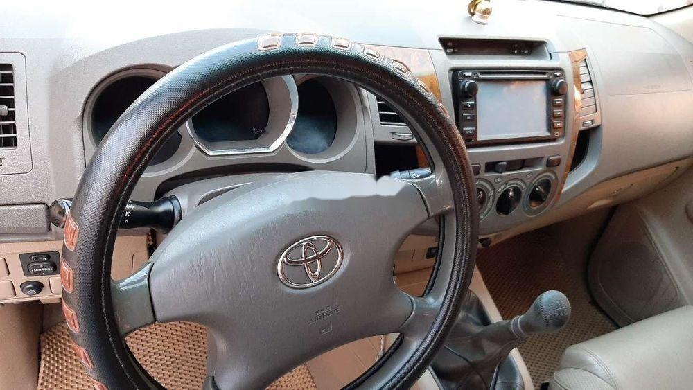 Bán Toyota Fortuner 2010, màu đen chính chủ xe nguyên bản (6)