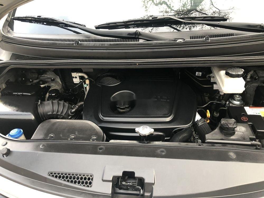 Cần bán lại xe Hyundai Grand Starex sản xuất 2016, màu bạc, nhập khẩu nguyên chiếc chính hãng (11)