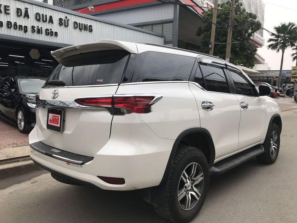 Bán ô tô Toyota Fortuner đời 2019, màu trắng xe nguyên bản (7)