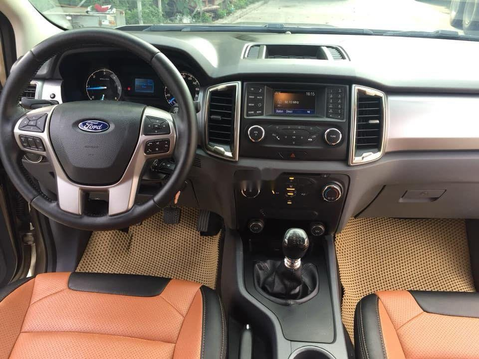 Cần bán lại xe Ford Ranger sản xuất 2017, màu nâu còn mới xe nguyên bản (7)