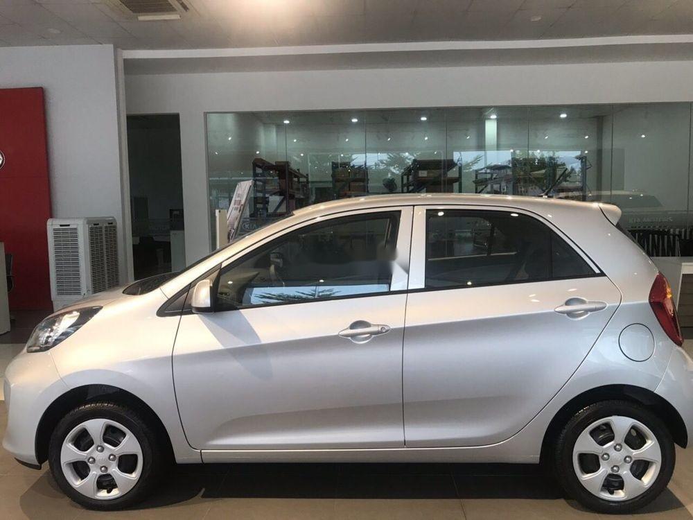 Bán ô tô Kia Morning sản xuất năm 2019, màu bạc, giá 299tr xe nội thất đẹp (4)
