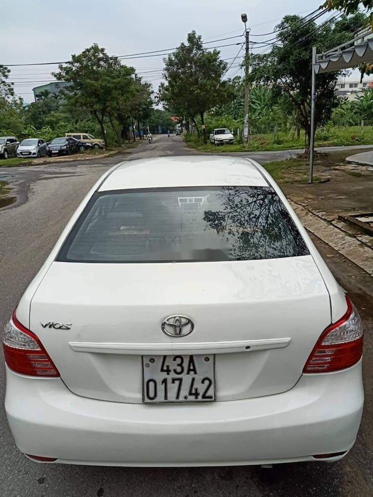 Cần bán gấp Toyota Vios sản xuất 2011, màu trắng xe gia đình, 235tr xe nguyên bản  (6)