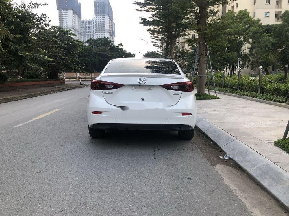Cần bán Mazda 3 đời 2018, màu trắng chính chủ xe nguyên bản (8)