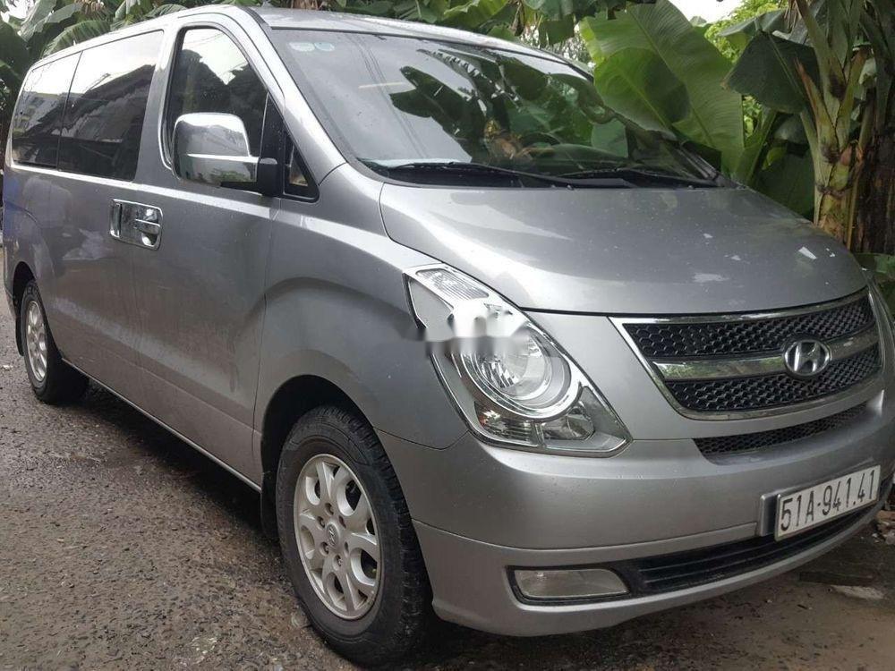 Cần bán xe Hyundai Starex đời 2014, màu bạc, nhập khẩu chính hãng (5)