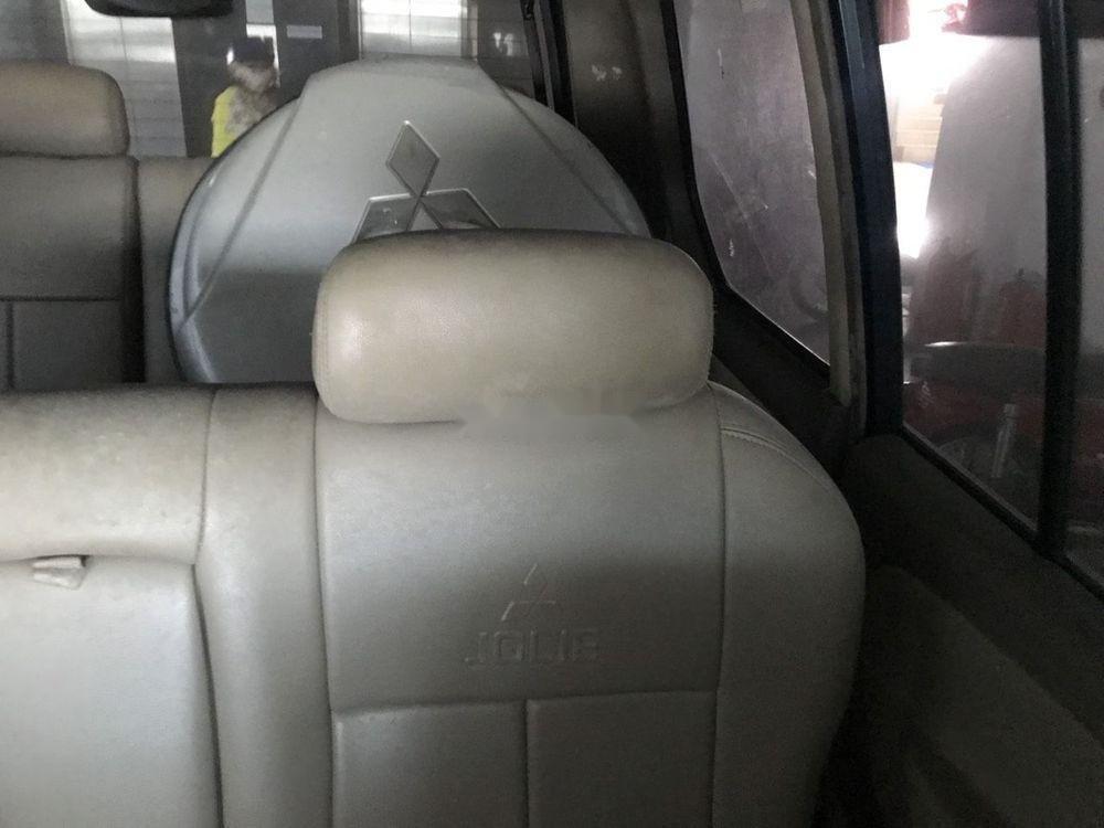 Cần bán Mitsubishi Jolie năm 2004, giá chỉ 160 triệu xe nguyên bản (9)