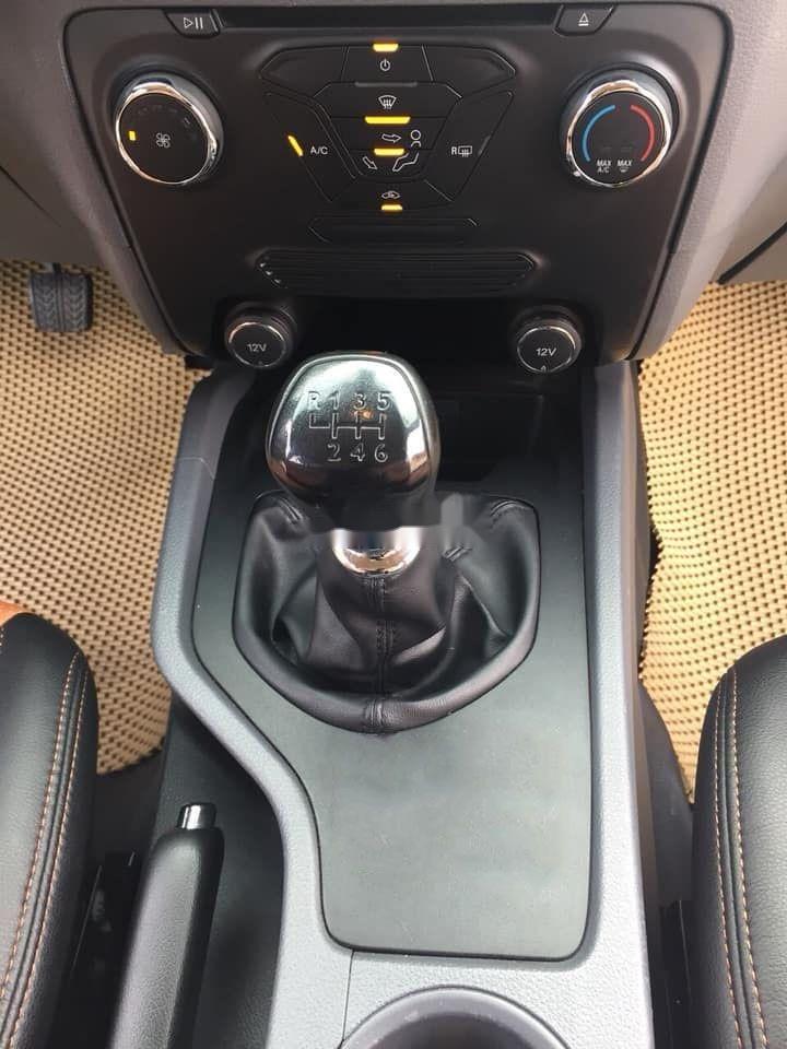 Cần bán lại xe Ford Ranger sản xuất 2017, màu nâu còn mới xe nguyên bản (6)