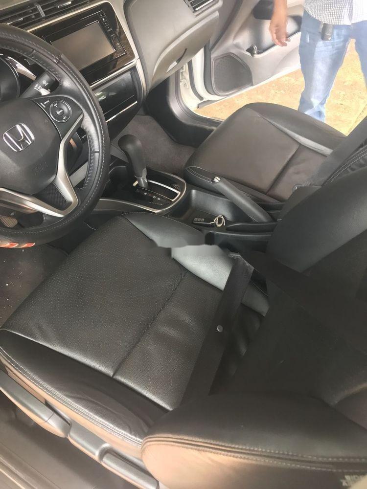 Bán xe Honda City đời 2018, màu trắng như mới (5)