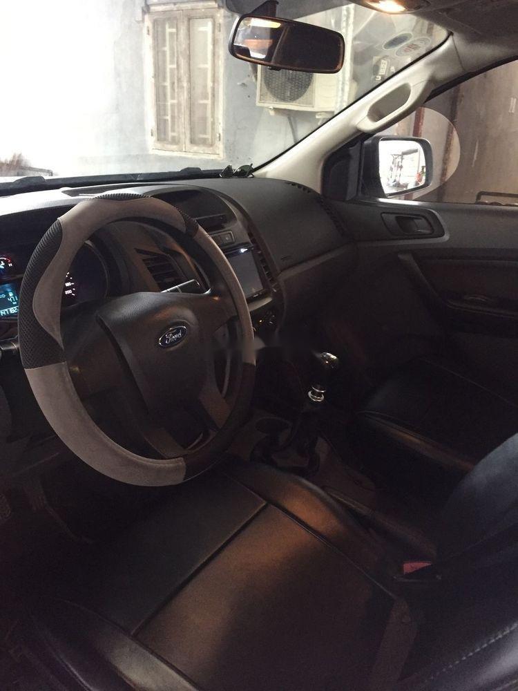 Cần bán Ford Ranger đời 2015, màu xám, nhập khẩu xe gia đình xe nguyên bản (7)