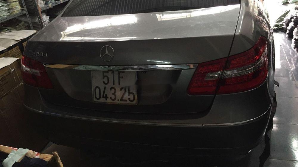 Cần bán xe Mercedes sản xuất 2012, 800 triệu xe nguyên bản (3)