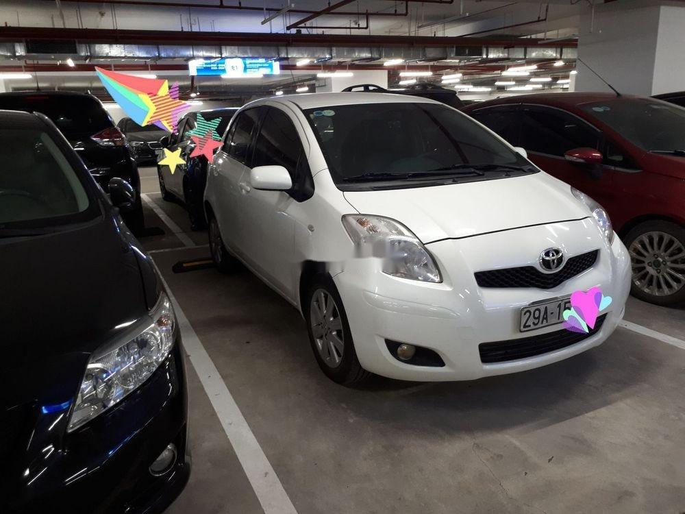 Bán xe Toyota Yaris năm 2011, màu trắng, nhập khẩu chính hãng (1)