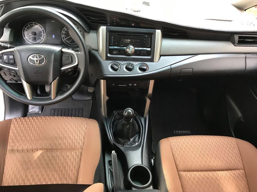Bán ô tô Toyota Innova 2017 xe nguyên bản (5)