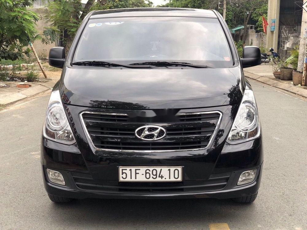 Bán Hyundai Grand Starex đời 2016, màu đen xe gia đình xe nguyên bản (1)