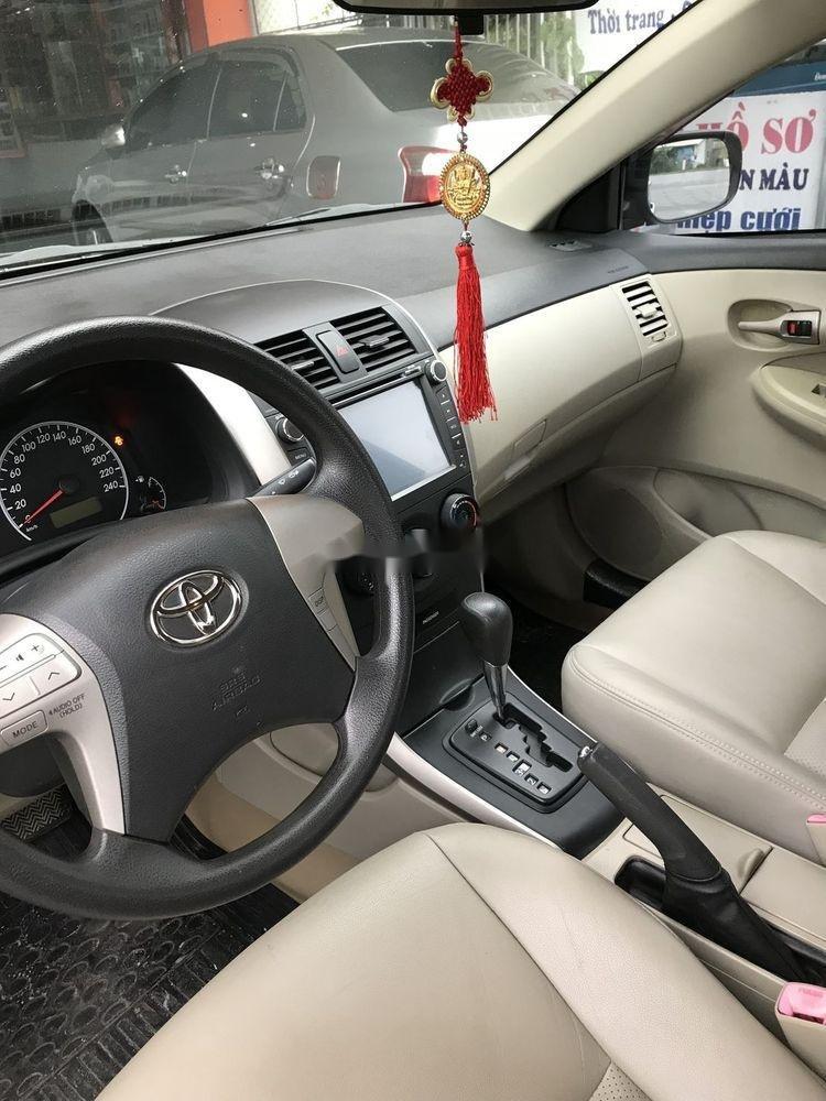 Bán ô tô Toyota Corolla đời 2010, nhập khẩu nguyên chiếc chính hãng (9)