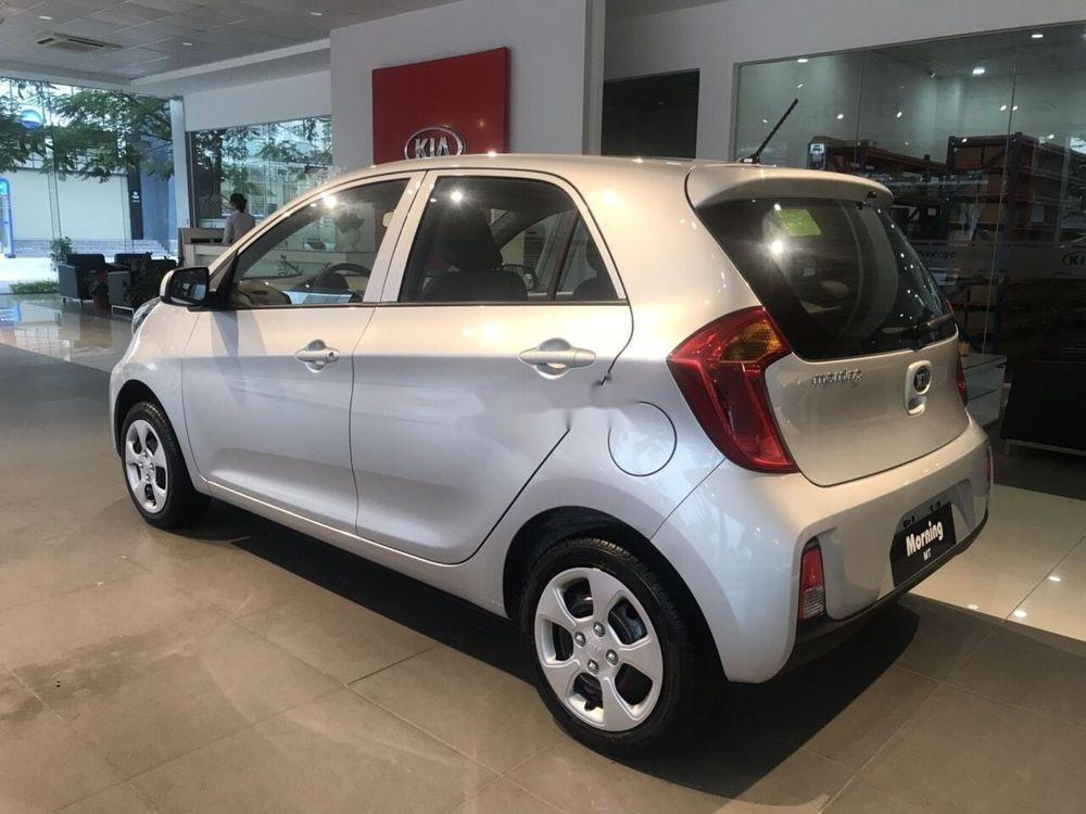 Bán ô tô Kia Morning sản xuất năm 2019, màu bạc, giá 299tr xe nội thất đẹp (3)