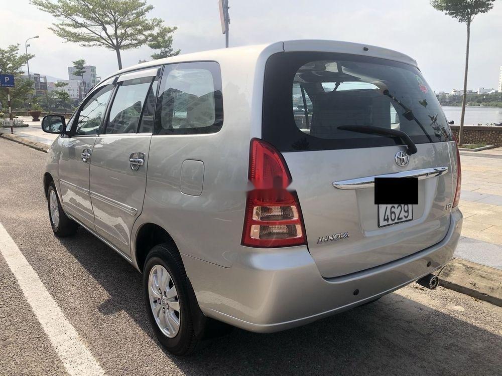 Cần bán xe Toyota Innova 2007 xe nguyên bản (3)