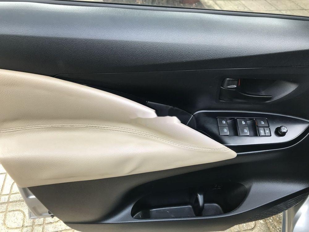 Bán ô tô Toyota Innova 2017 xe nguyên bản (8)