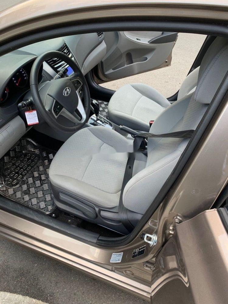 Bán Hyundai Accent sản xuất 2014, màu nâu xe gia đình, 438 triệu xe nguyên bản (5)