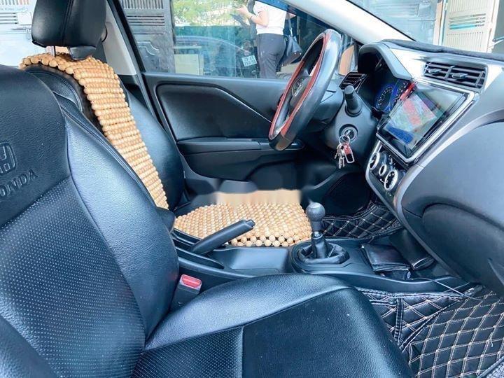 Cần bán lại xe Honda City đời 2016, màu đen, ít sử dụng, giá chỉ 448 triệu (4)