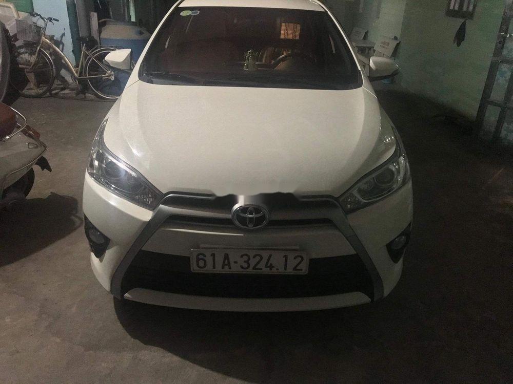 Bán ô tô Toyota Yaris năm sản xuất 2016, màu trắng, nhập khẩu nguyên chiếc chính hãng (1)