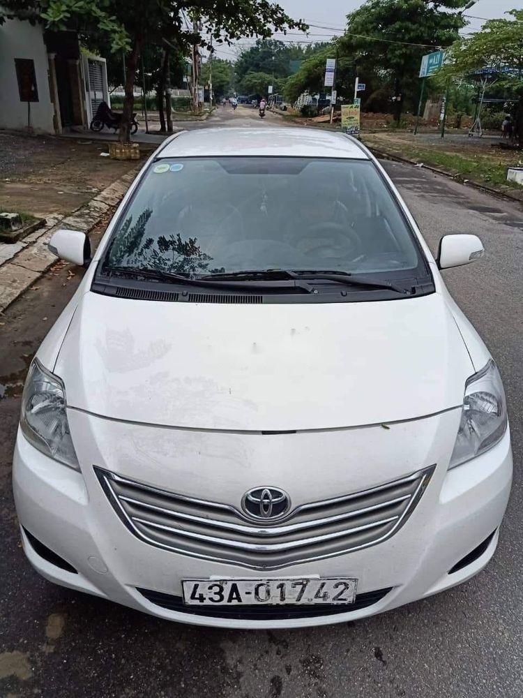 Cần bán gấp Toyota Vios sản xuất 2011, màu trắng xe gia đình, 235tr xe nguyên bản  (1)