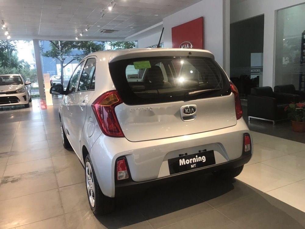 Bán ô tô Kia Morning sản xuất năm 2019, màu bạc, giá 299tr xe nội thất đẹp (6)