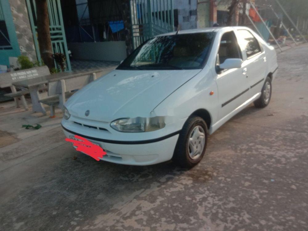 Cần bán xe Fiat Siena sản xuất 2003, màu trắng chính chủ, giá tốt xe nguyên bản (1)
