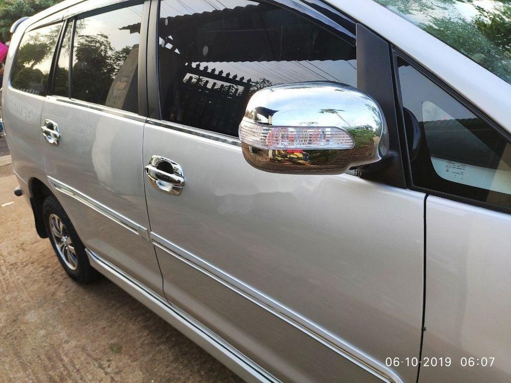 Bán Toyota Innova sản xuất 2013, màu bạc xe gia đình, giá tốt xe nguyên bản (6)