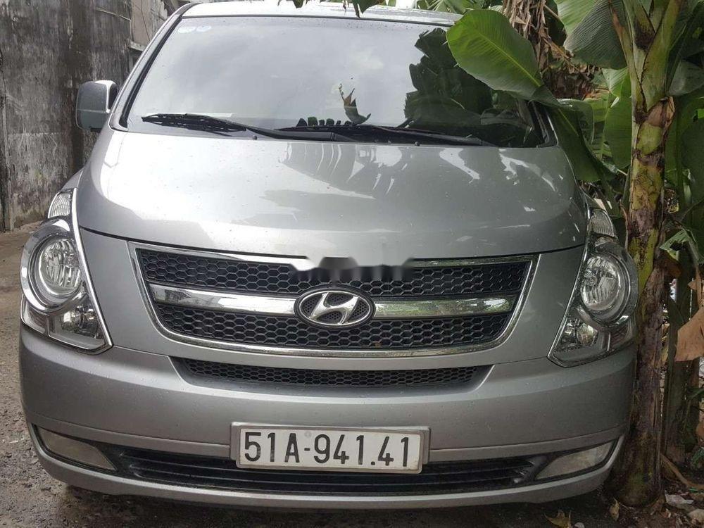 Cần bán xe Hyundai Starex đời 2014, màu bạc, nhập khẩu chính hãng (1)
