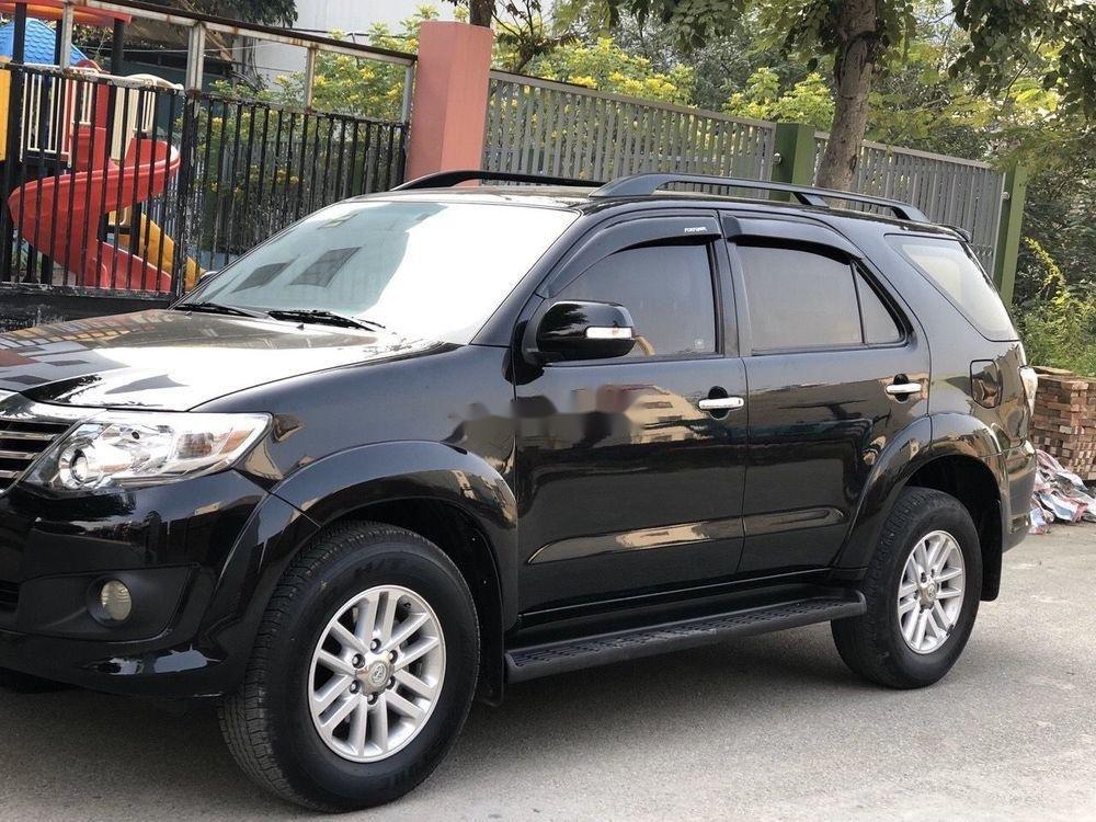 Cần bán xe Toyota Fortuner đời 2012, màu đen xe gia đình, 682tr xe nguyên bản (12)