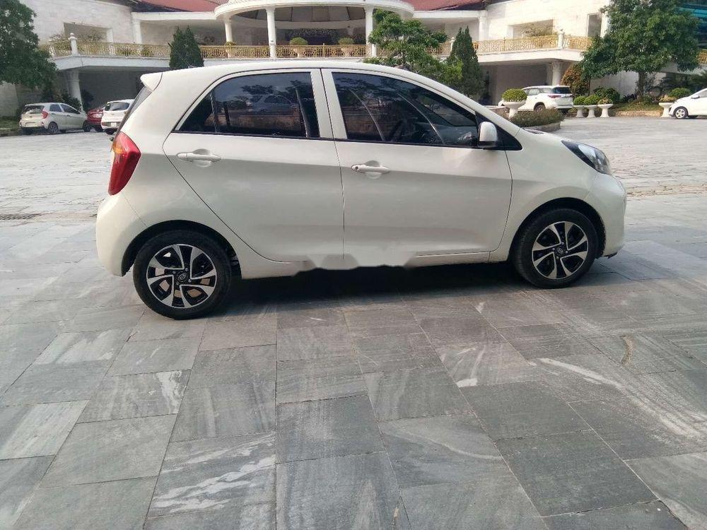 Cần bán Kia Morning đời 2016, màu trắng số sàn, giá 255tr xe nguyên bản (4)