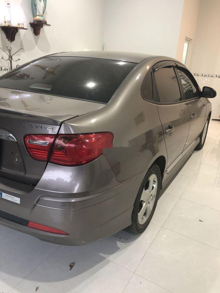 Bán Hyundai Avante sản xuất 2014, màu xám xe gia đình, giá tốt xe nguyên bản (2)
