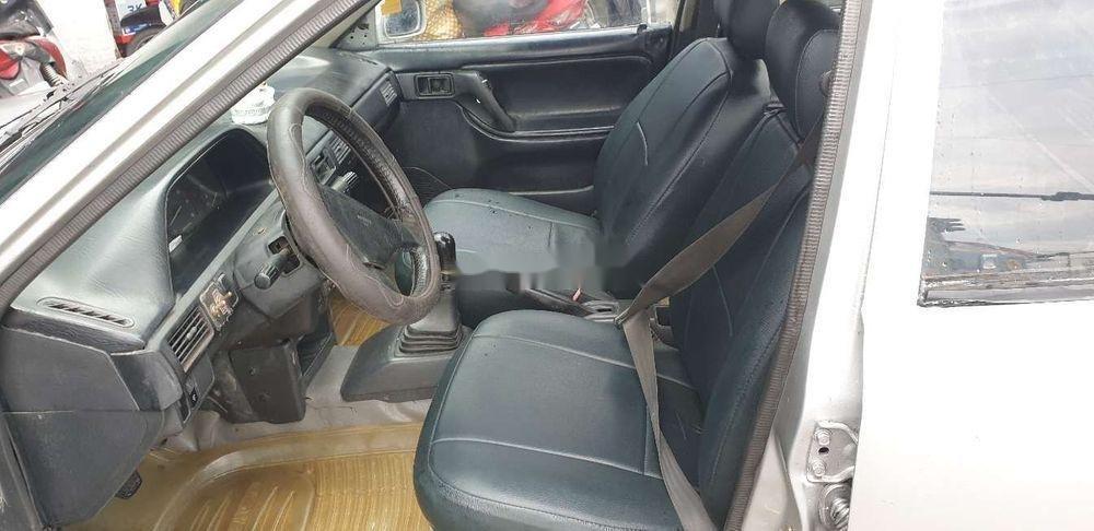 Chính chủ bán Mazda 323 đời 1995, màu bạc, máy chất (6)