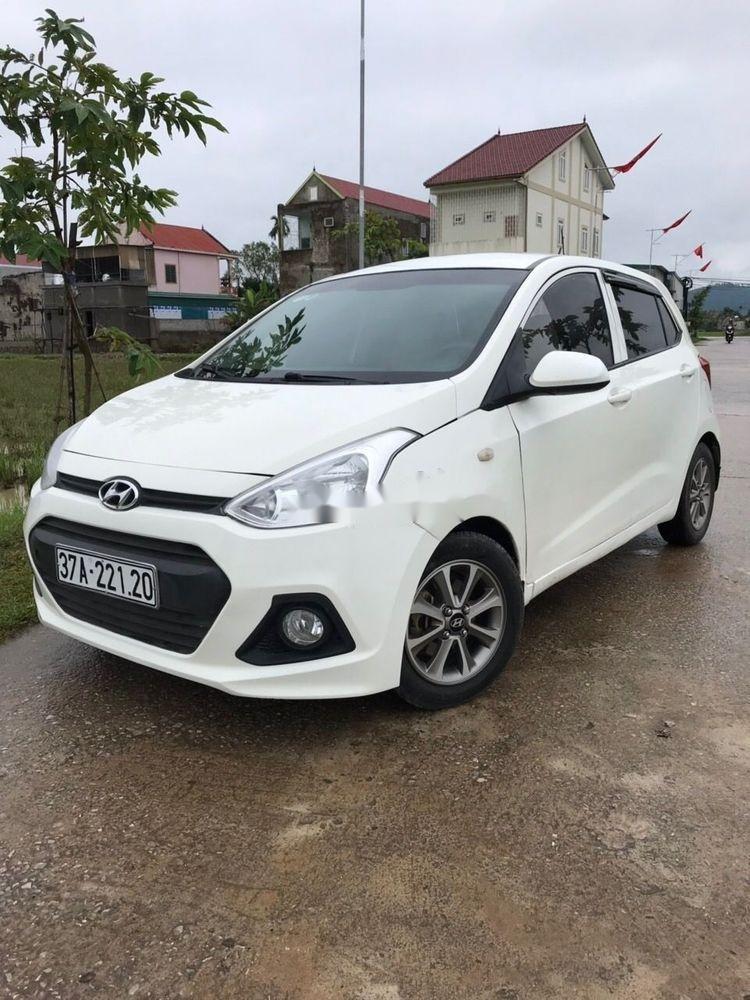 Cần bán Hyundai Grand i10 2015, màu trắng, xe nhập, xe gia đình (1)