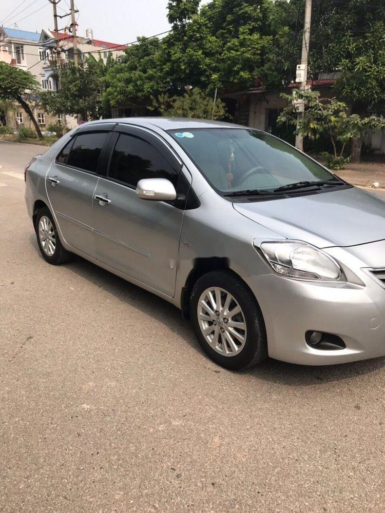 Bán Toyota Vios 1.5 E sản xuất năm 2011, màu bạc (2)