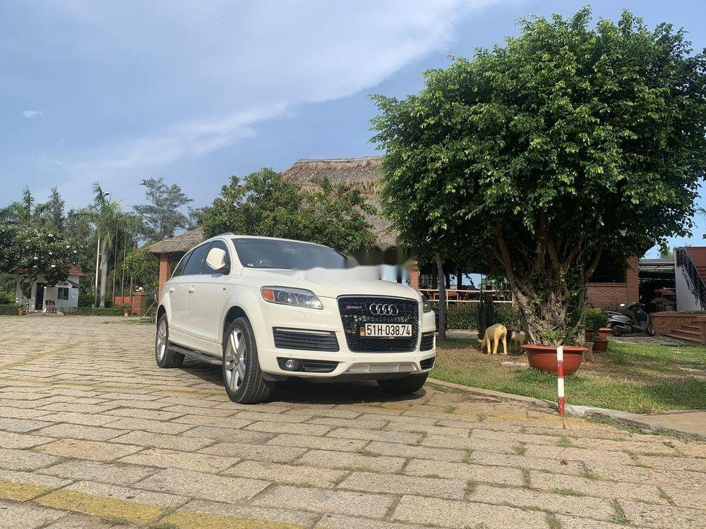 Cần bán Audi Q7 sản xuất năm 2009, xe nhập chính hãng (1)