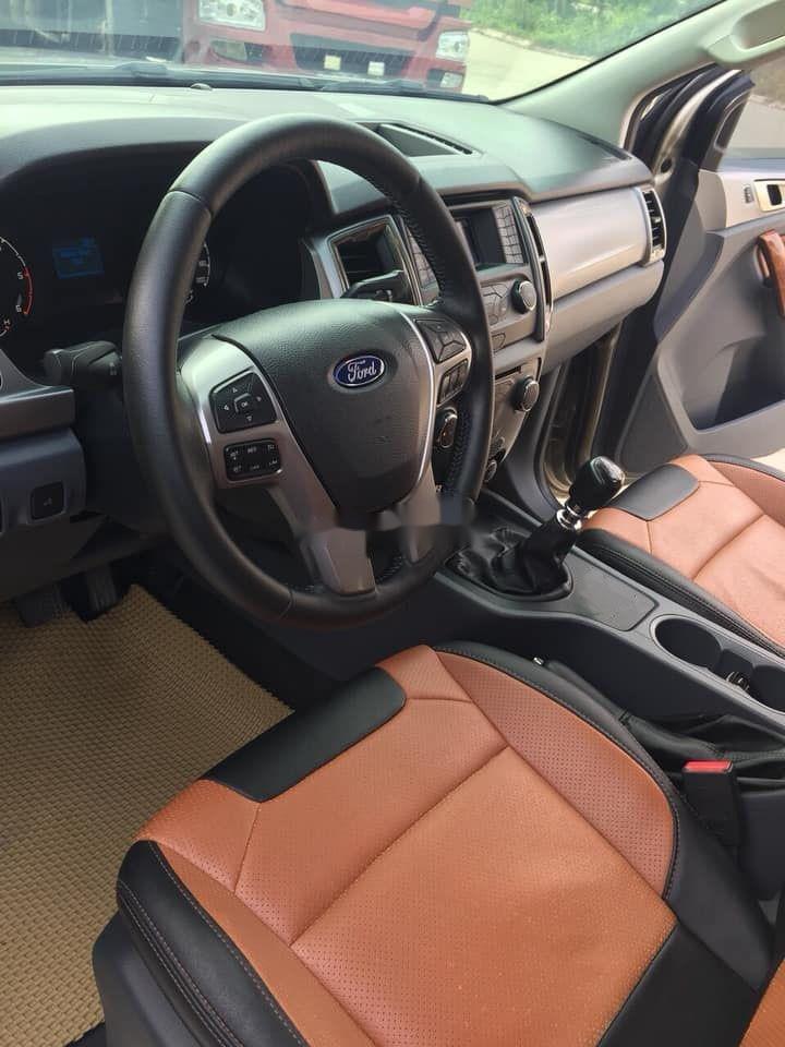 Cần bán lại xe Ford Ranger sản xuất 2017, màu nâu còn mới xe nguyên bản (4)