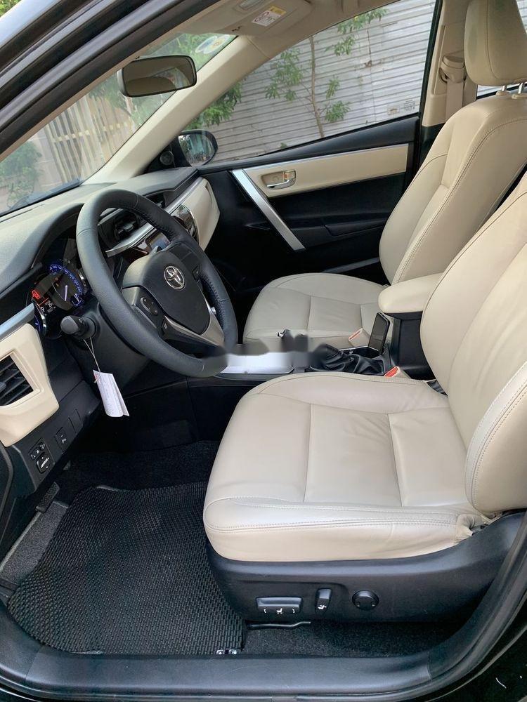 Cần bán gấp Toyota Camry 1.8GAT đời 2015, màu đen (9)