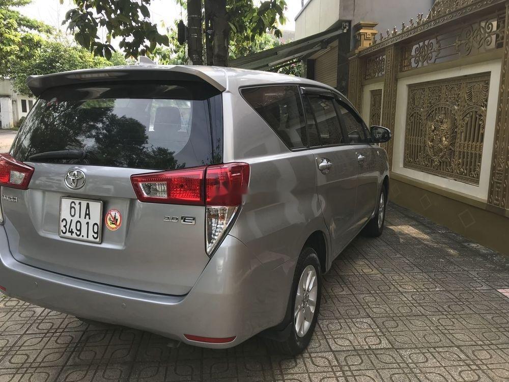 Bán ô tô Toyota Innova 2017 xe nguyên bản (3)
