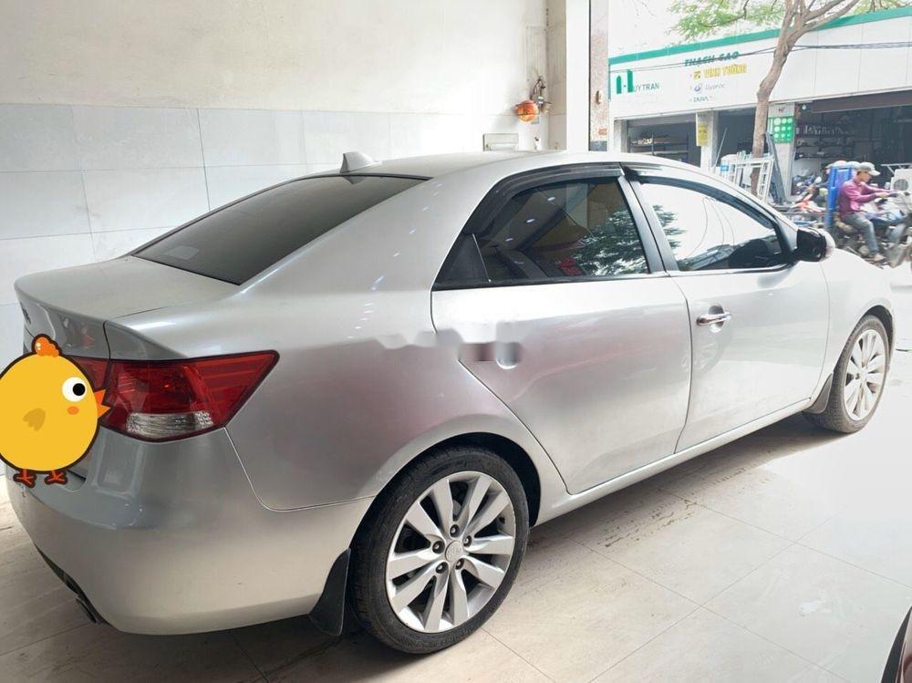 Cần bán gấp Kia Forte năm sản xuất 2013, màu bạc xe gia đình xe nguyên bản (7)