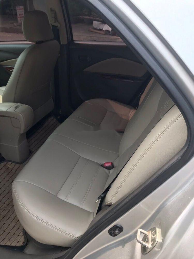 Bán Toyota Vios 1.5 E sản xuất năm 2011, màu bạc (8)
