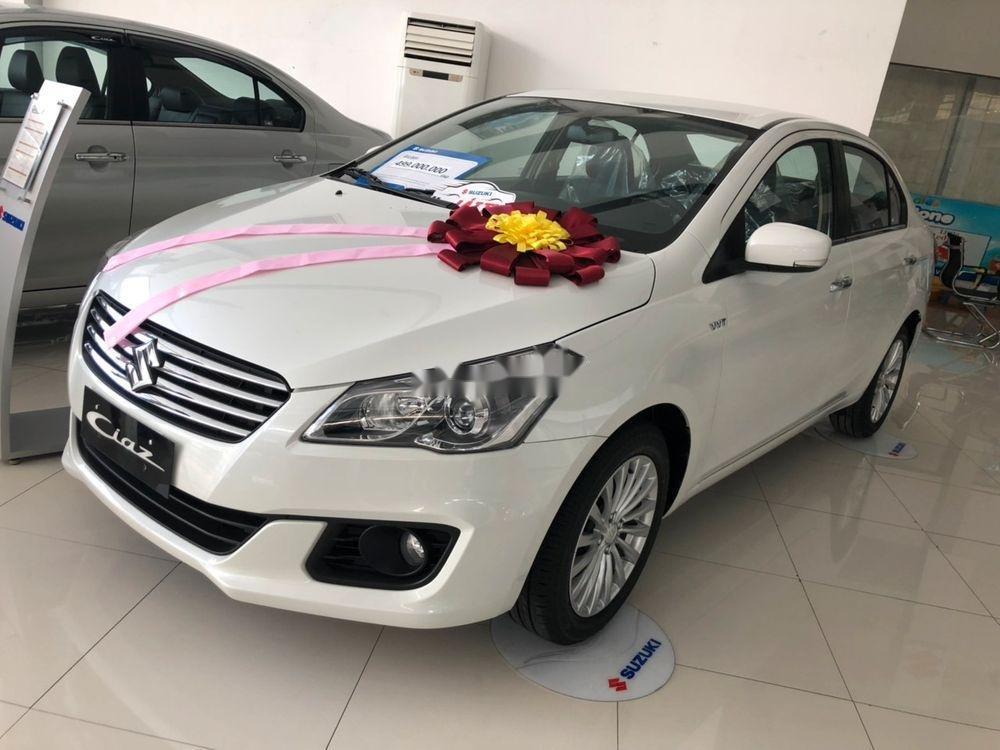 Bán Suzuki Ciaz sản xuất 2019, màu trắng, xe nhập chính hãng (1)