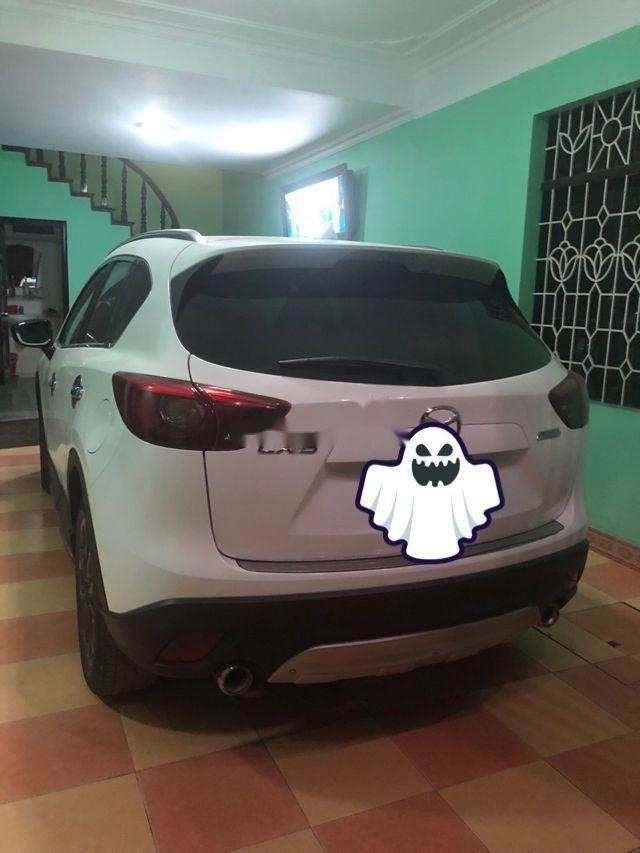 Cần bán xe Mazda CX 5 năm sản xuất 2016, màu trắng xe gia đình, 775 triệu xe nguyên bản (4)