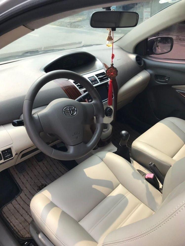 Bán Toyota Vios 1.5 E sản xuất năm 2011, màu bạc (7)