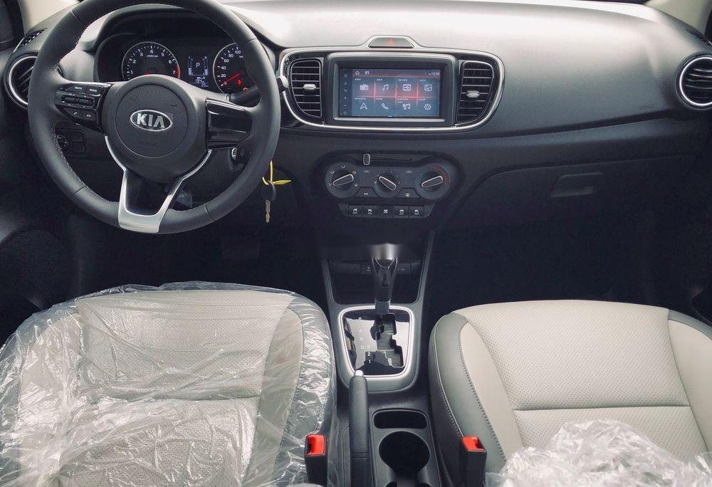 Cần bán Kia Soluto đời 2019, màu trắng, 399tr xe nội thất đẹp (6)