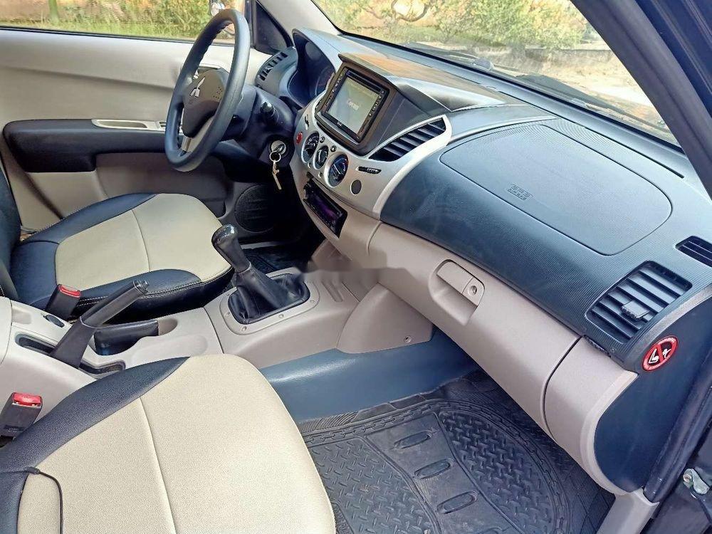 Cần bán lại xe Mitsubishi Triton MT đời 2013, nhập khẩu nguyên chiếc (6)