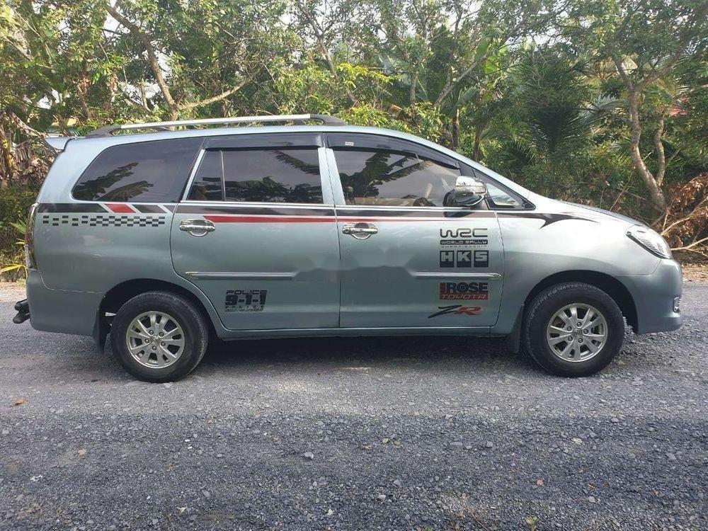 Bán Toyota Innova 2.0JMT năm sản xuất 2008 xe gia đình (1)